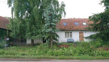 Rodinný dům 3+1 s rozlehlou zahradou na okraji obce